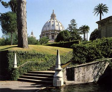 Ватикан распродаёт храмы