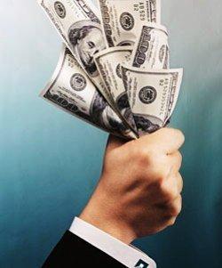 Долар стрімко йде вгору