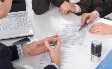 """Акціонери """"Апекс-Банку"""" заявили про готовність закрити фінансову установу"""