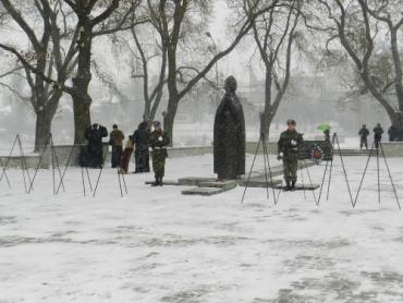 В Ужгороде прошел митинг-реквием в память о погибших воинах