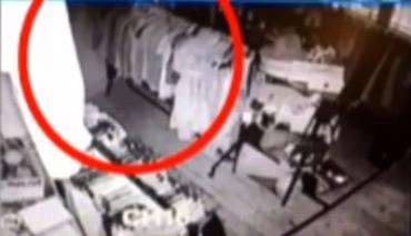 В британском магазине замечен призрак бывшего владельца