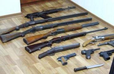 Продлится период сдачи оружия месяц