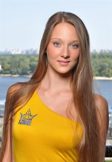 Эвелина Самсончик представит Закарпатье в финале конкурса «Мисс Украина 2011».