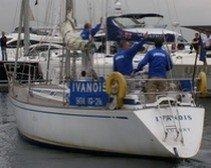 Сломавшийся двигатель яхты помогли починить украинцы из Закарпатья
