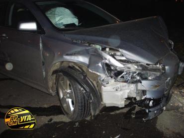 В ДТП в Киеве пострадали 3 иномарки.