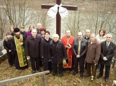 Відбулося покладання вінків та квітів з нагоди 71 річниці трагедії у Тішні