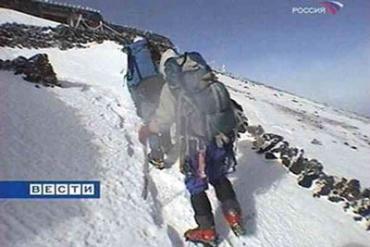 Итальянский альпинист погиб в ледовой ловушке.