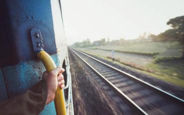 Правоохоронці розпочали розслідування таємничої загибелі студентки у потязі