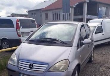 """Мукачевские полицейские задержали авто з """"левым"""" номерным знаком"""