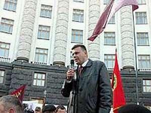 Голова Закарпатської організації УСВА Сергій Слободянюк на мітингу біля кабміну