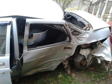 Закарпаття. Автівка врізалася в дерево - загинула 61-річна пасажирка