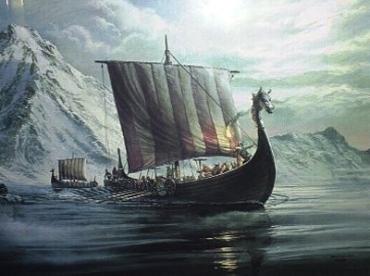 """Драккар (буквально - """"корабль-дракон"""") - боевой корабль викингов"""