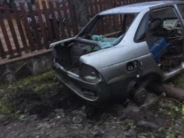 На Закарпатье депутату закинули во двор гранату