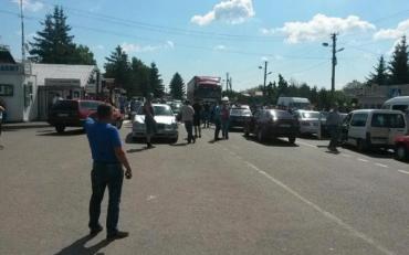 На кордоні з Польщею побили українських поліцейських