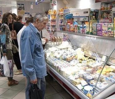 На прилавках магазинов Ужгорода идеальный порядок с продуктами и ценами