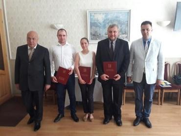 Лучшие журналисты Закарпатья получили награды от руководителей края