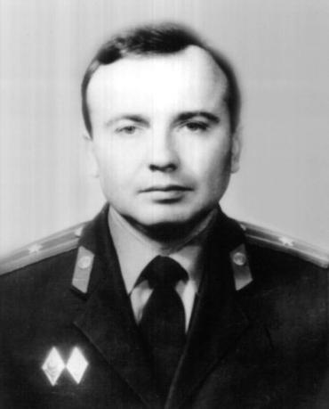 Микола Боб'як загинув при виконанні службового завдання в Ужгороді у 1994 році