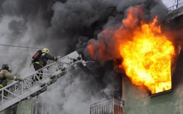 У Харкові в будівлю Апеляційного адміністративного суду вдарила блискавка