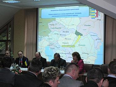 """Українсько-словацькі відносини в контексті """"Східного партнерства"""""""