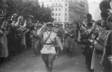 Советские войска освободили Ужгород от венгерских и немецких войск