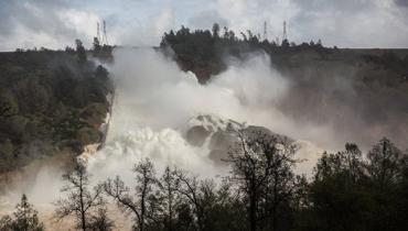 Из-за угрозы затопления районы покидают около 130 тыс. человек
