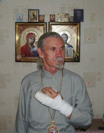 Епископ Василий после избиения епископом Кириллом в Ужгороде 18 июля 2010 года