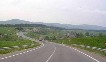Деформації покриття ліквідовані на 1825 км доріг, що складає 71% від мережі