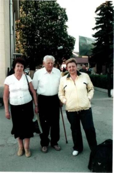 Закарпатець Борис Сакара зі своєю родиною