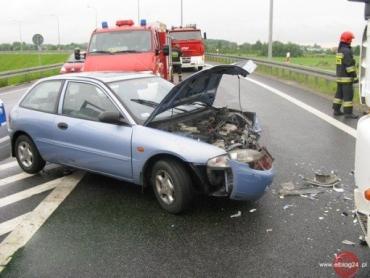 В Польше Mitsubishi Colt столкнулся лоб в лоб с фурой