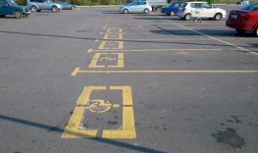 В Украине увеличили штраф за парковку в местах для инвалидов