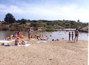 """Кількість гостей """"Мертвого моря"""" на Закарпатті практично не зменшилась"""