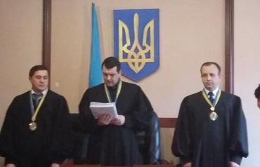 """Мукачівський суд продовжив """"правосекторівцям"""" термін тримання під вартою"""
