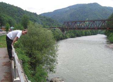 Венгр Пал Гидвейги-Устош начал спортивный пробег вдоль украинского участка Тисы
