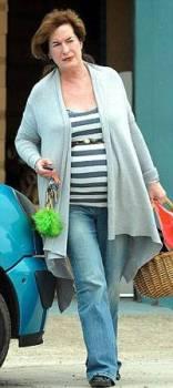 66-летняя Элизабет Аденей находится на 8-ом месяце беременности