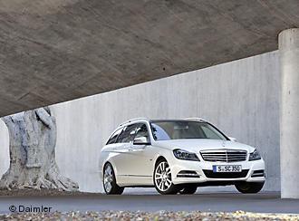 Mercedes C-Klasse нового покоління стане більш шляхетним, спортивним, розкішним