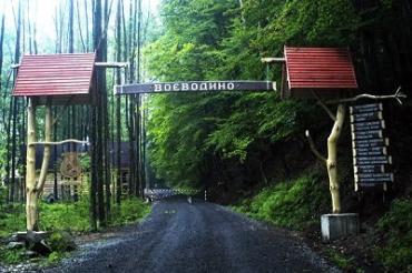 Строительство нормальной дороги значительно увеличит поток туристов