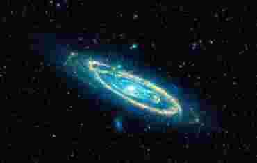 Ближайшая к нам крупная галактика - Туманность Андромеды