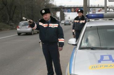 Львовские инспекторы ГАИ задержали преступников на авто