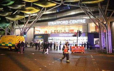 Напад у Лондоні: людей облили хімічною речовиною
