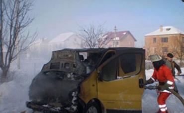 На Тернопольщине водитель разогревал свой микроавтобус