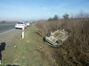 Неподалік Ужгорода перекинулося авто