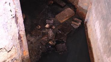 Мукачево. Після повені 98-го року підвал 13-го будинку став суцільною проблемою