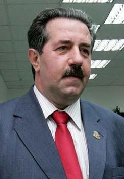 В Венгрии Алекс Ровт быстро стал фигурантом коррупционного скандала