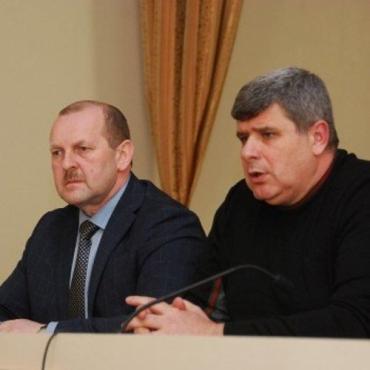 Сергей Шаранич с Василием Игнатко пришел на встречу с общиной