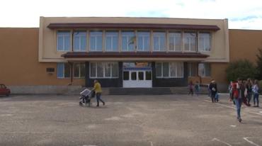 Школи Ужгорода переповнені на понад третину!