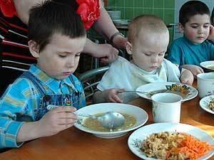 В отдельных детсадах Ужгорода запас продовольствия на один-два дня
