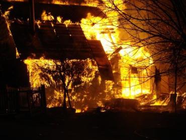 Пожар в селе Черный Поток нанес убытков на 40 тысяч гривен