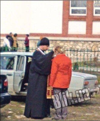 У святых отцов из села Колодиевка целительно даже прикосновение