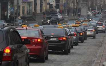 Таксисти різко роздули ціни