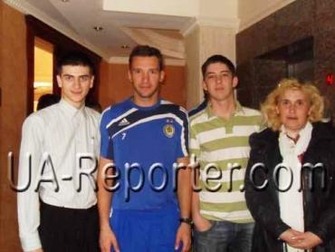 В Ужгороде перед матчем удалось взять интервью у Шевченко